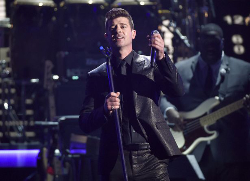 Robin Thicke - 2015 BET Awards (1)
