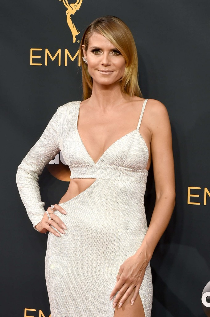 heidi-klum-2016-emmy-awards-1