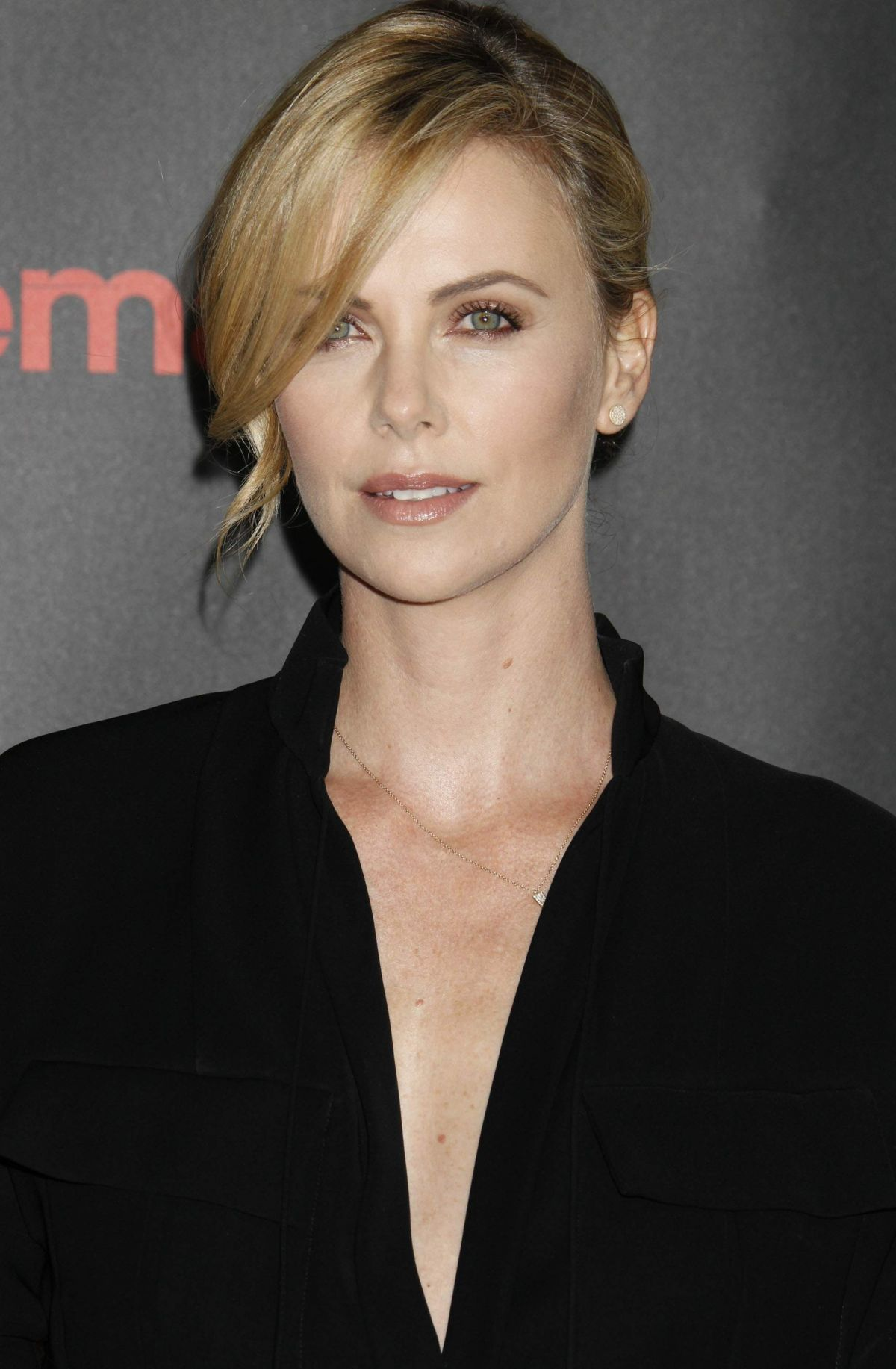 charlize-theron-at-2015-cinemacon-in-las-vegas_18