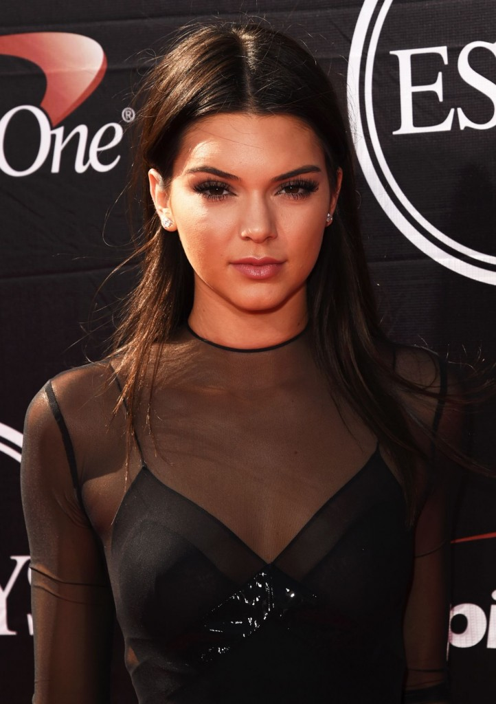 kendall-jenner-at-2015-espys-awards-in-los-angeles_1