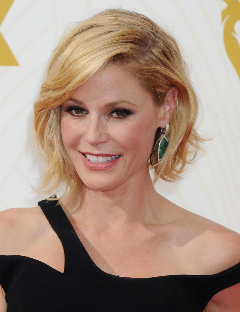 Julie Bowen -2015 Emmy Awards (4)