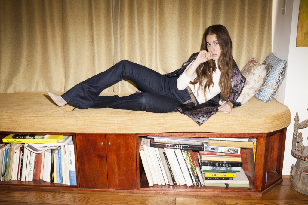 2015_08_19 HAIM photogrpahed at Villa Le Reve in Los Angeles for Flaunt Magazine.