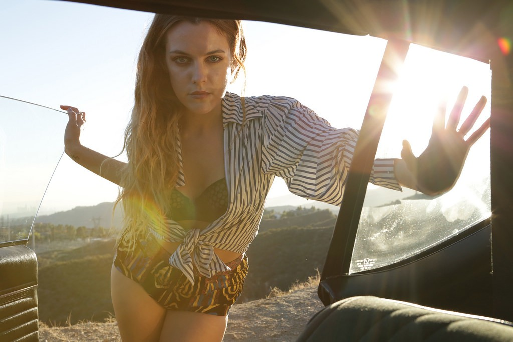Riley Keough - Esquire magazine (8)